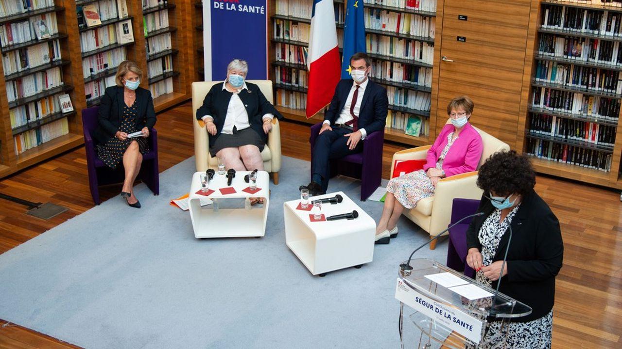 Séance de clôture de l'assemblée générale du 'Ségur de la Sante ' sur le système de santé français, le 21juillet 2020 au ministère français de la santé à Paris.