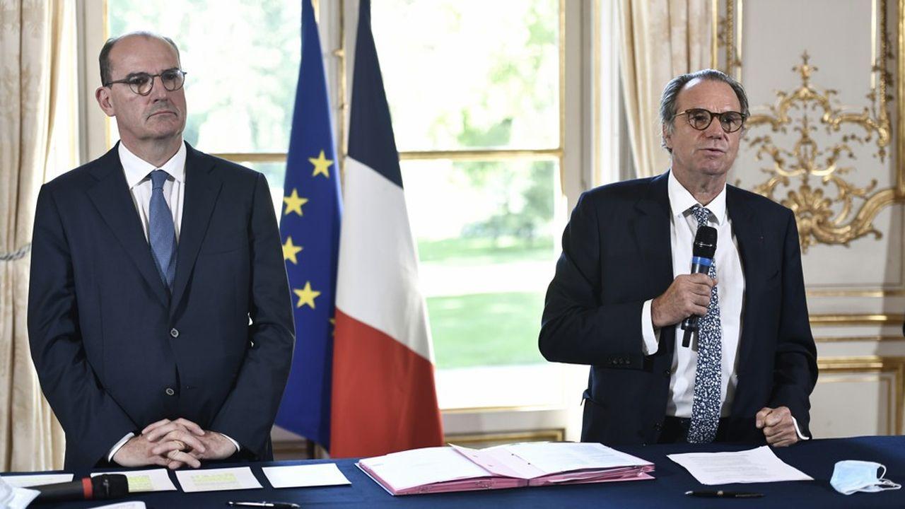 Jean Castex et Renaud Muselier, le président de Régions de France, ce jeudi à Matignon pour la signature de l'accord.