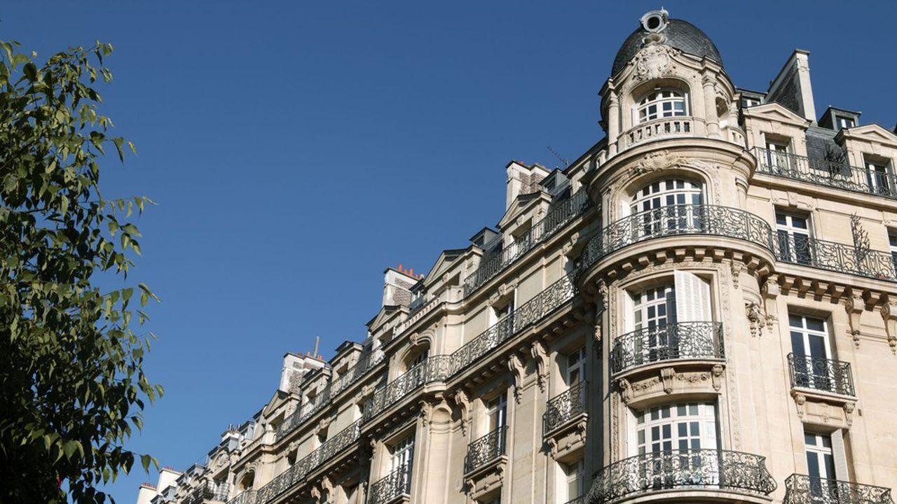 Les prix parisiens continuent à grimper. Le mètre carré atteint en moyenne 10.607,00euros au 1eraoût 2020.