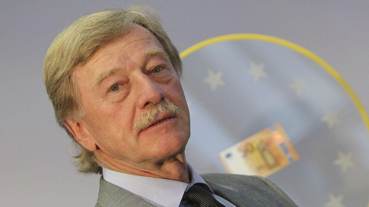 Le Luxembourgeois Yves Mersch quitte le directoire de la BCE en décembre prochain, libérant le dernier poste disponible avant 2026.