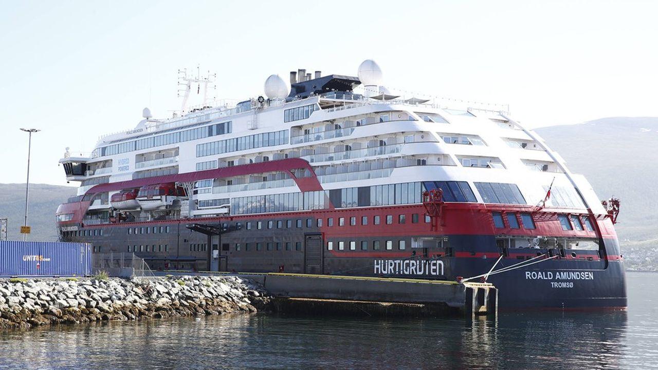 Le bateau de croisière «MS Roald Amundsen» de l'armateur norvégien Hurtigruten est à quai à Tromsø, au nord de la Norvège, depuis qu'une quarantaine de personnes ont été testées positives au Covid-19.