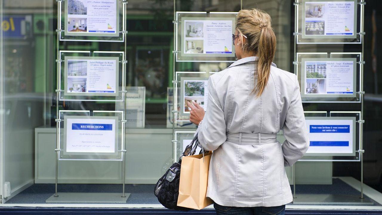 Selon l'Observatoire Crédit Logement/CSA, le taux moyen d'un créditimmobilier recule pour la première fois de l'année, à 1,25% contre 1,29% en juin.