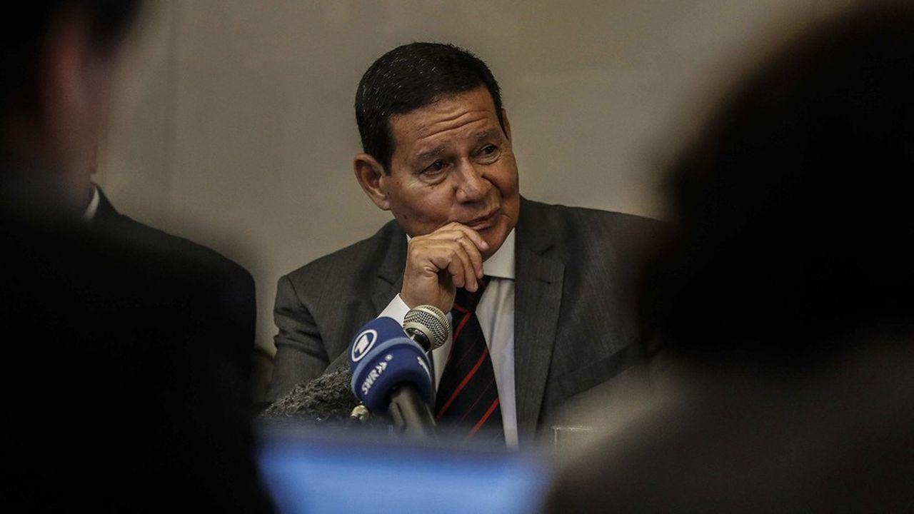 Le vice-président brésilien Hamilton Mourao a accordé lundi un entretien aux correspondants étrangers en poste à São Paulo