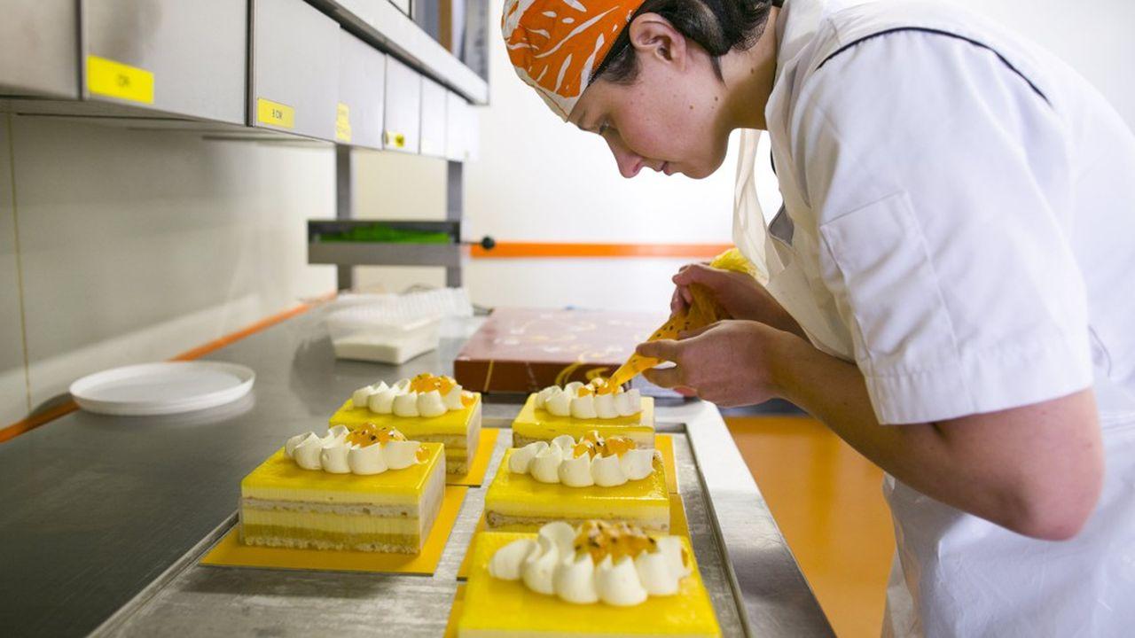 Si la vente de pains s'est maintenue, les boulangers ont dû faire face à une baisse des achats de pâtisseries qui a grevé leur chiffre d'affaires.