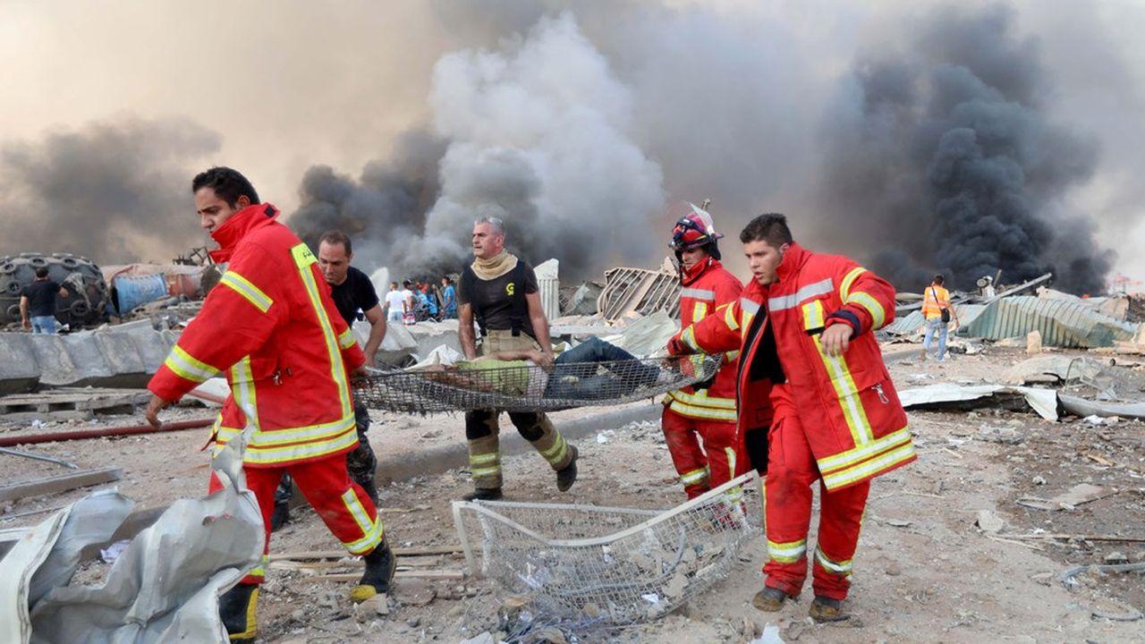 Jusqu'à 300.000 personnes se retrouvent sans domicile mercredi à Beyrouth, au lendemain des explosions qui ont secoué le port, a indiqué le gouverneur de la capitale Marwan Abboud.