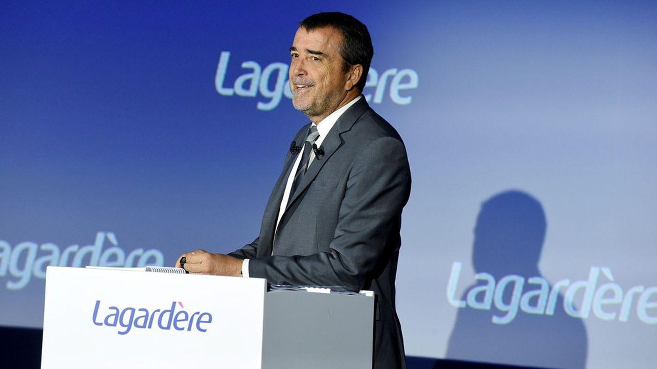 Arnaud Lagardère prêt à soutenir un rachat de Simon & Schuster si l'opportunité se présentait.