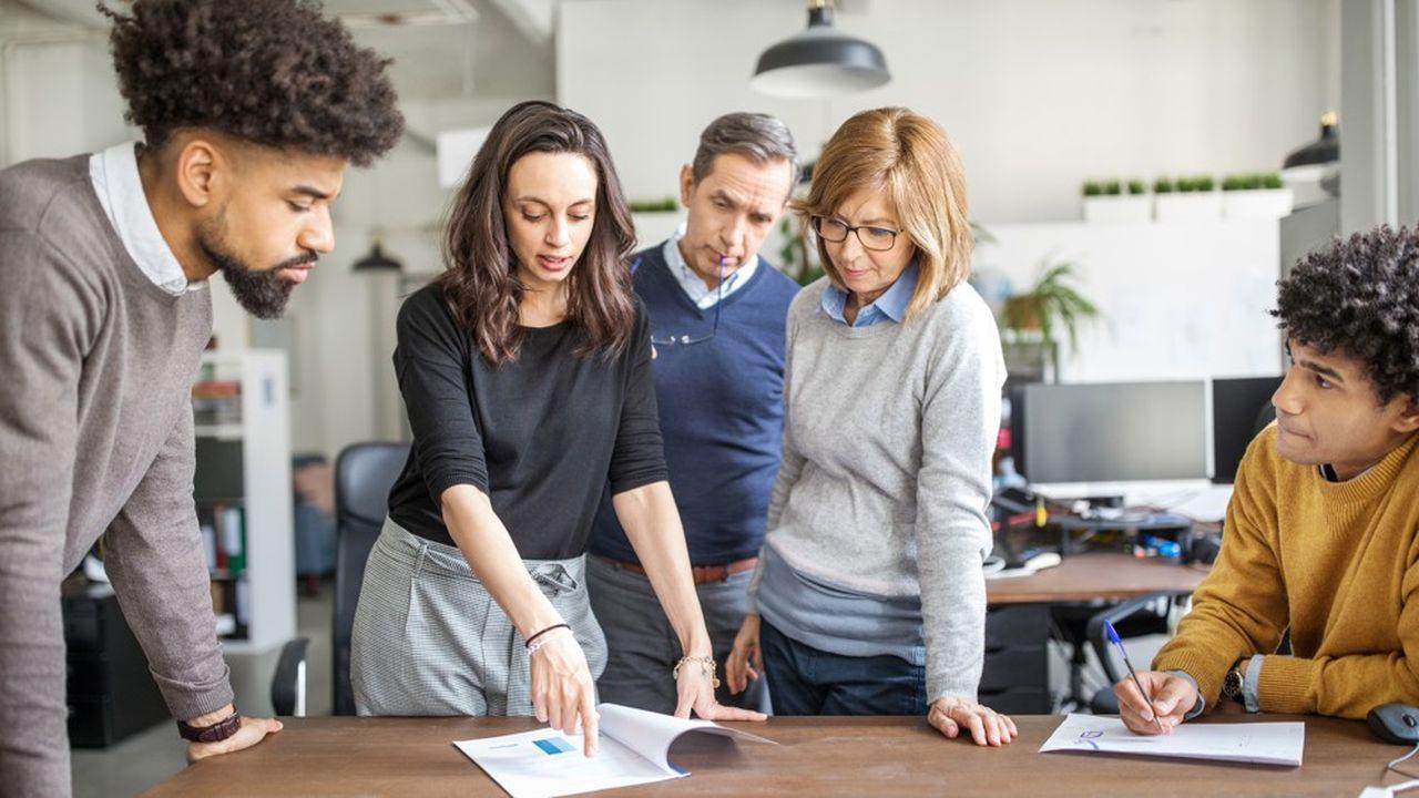 La prime à l'embauche d'un jeune permet à l'entreprise de toucher jusqu'à 4.000euros en cas de contrat d'un an ou plus.