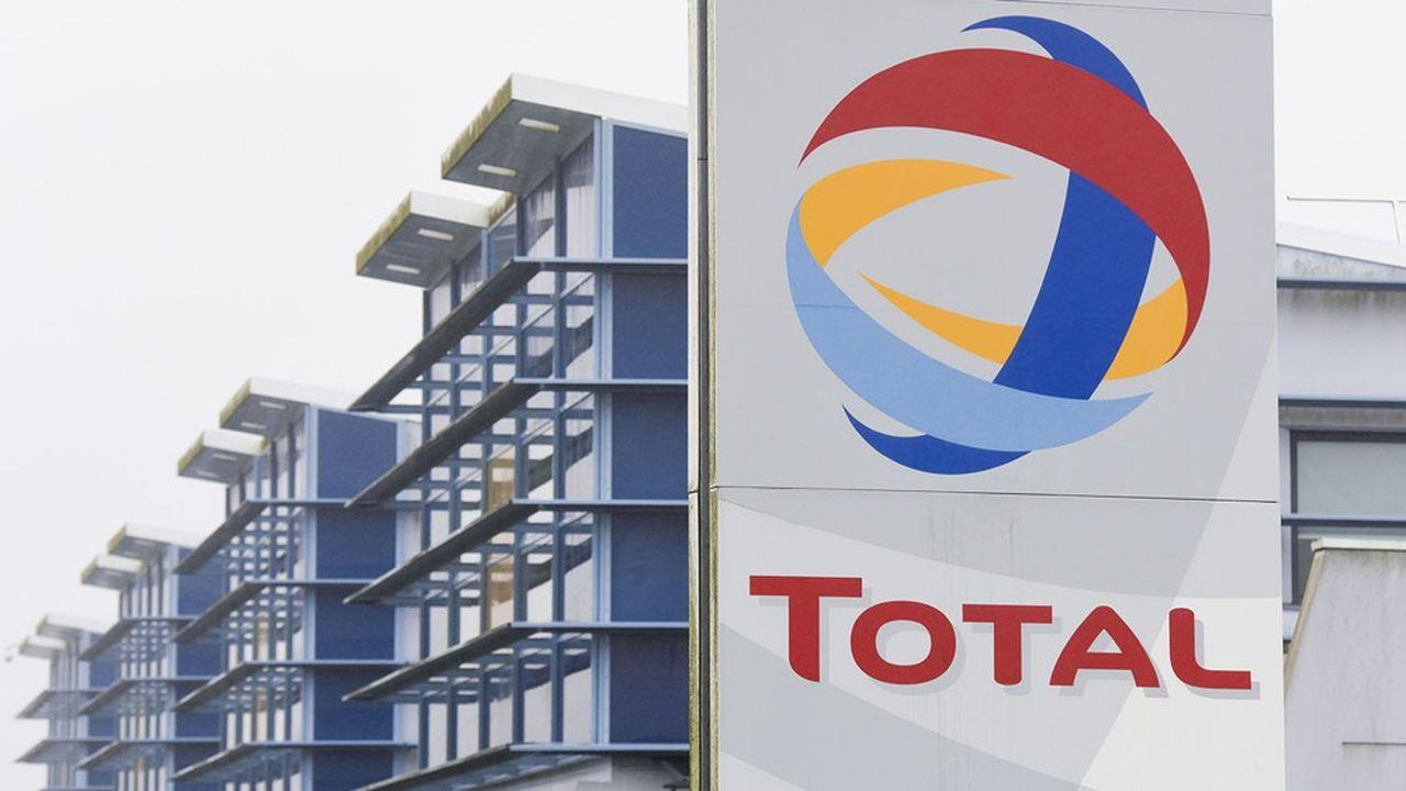 Total a perdu quasiment un tiers de son chiffre d'affaires et accumulé 7,6milliards d'euros de pertes au premier semestre.