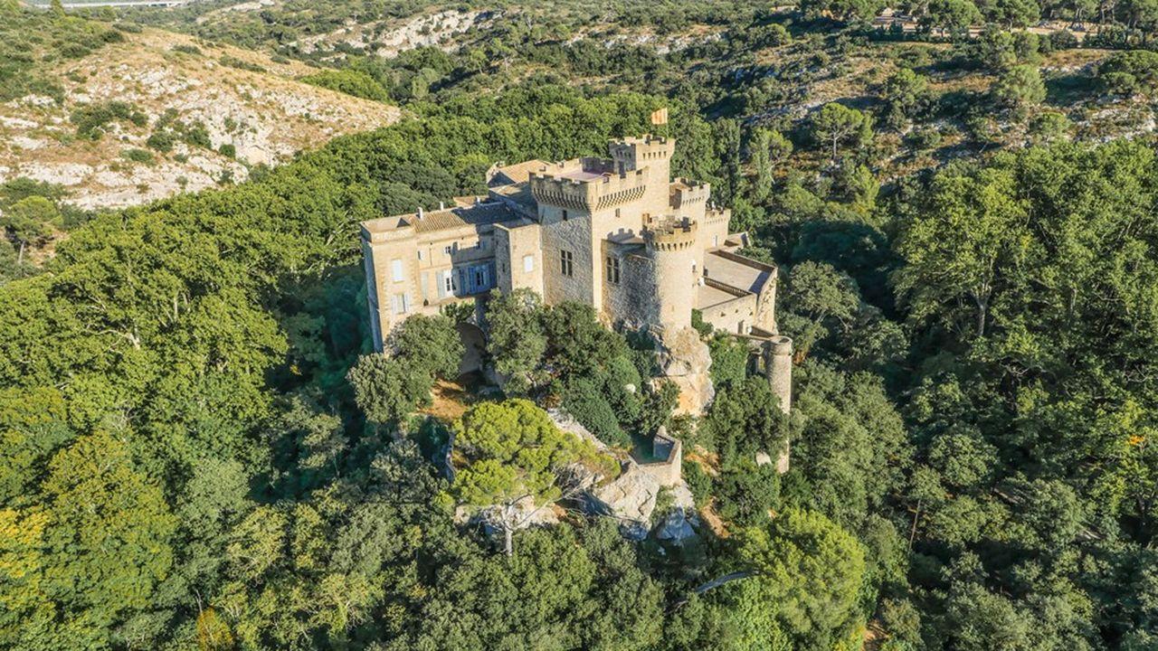 Plusieurs familles investissent 30millions d'euros dans le projet, qui prévoit la valorisation de 400 hectares.