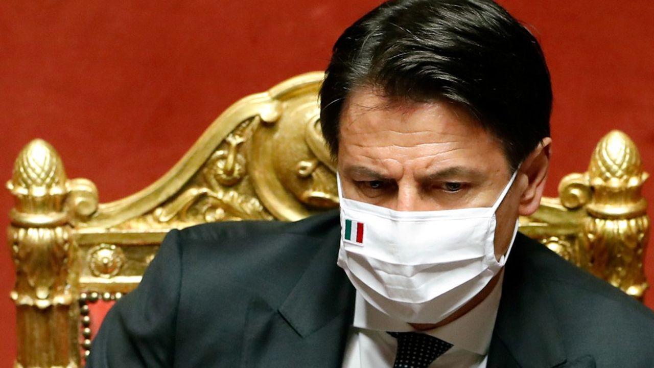 «Nous protégeons l'emploi, nous soutenons les travailleurs, nous allégeons les échéances fiscales, nous aidons les régions, les collectivités locales et le Sud. Nous continuons à soutenir les citoyens, les entreprises et les travailleurs», a estimé le Premier ministre, Giuseppe Conte, en présentant les mesures.