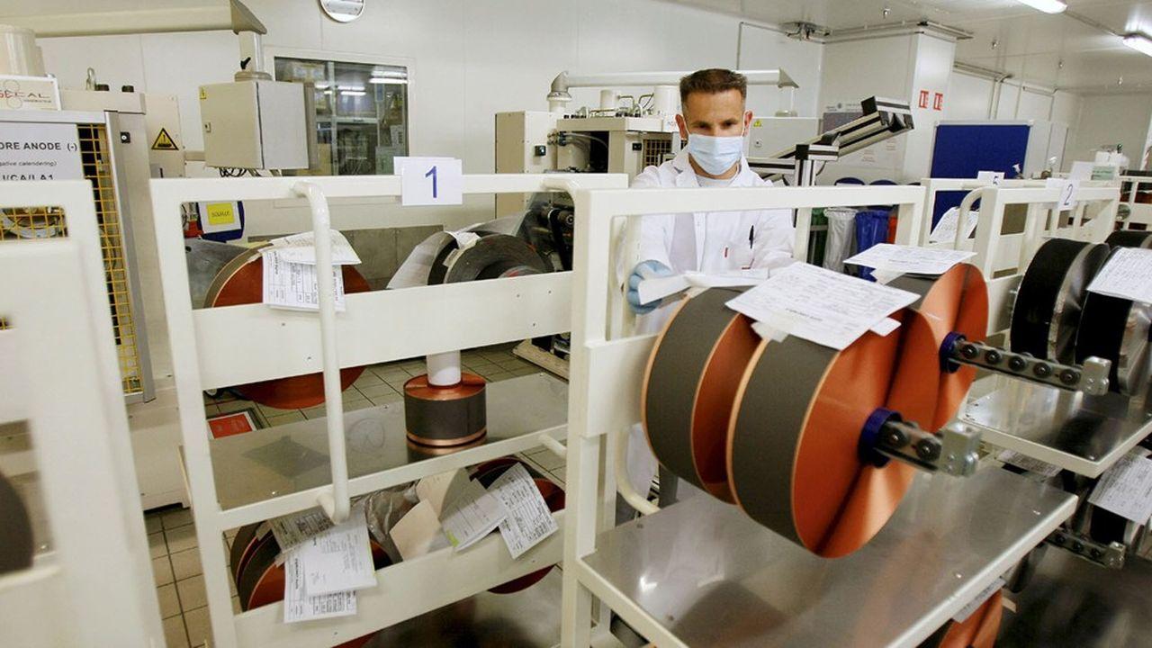 L'usine Saft de Nersac, en Charente, prépare le terrain pour la future usine de batteries qui va être construite en partenariat avec PSA dans les Hauts-de-France d'ici à 2023.