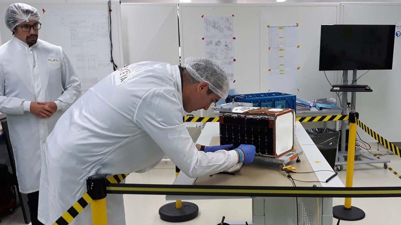 Hemeria a développé une activité dans les nanosatellites.