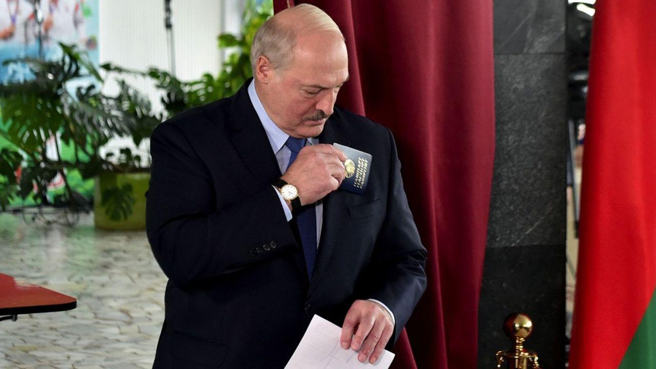 Les résultats officiels de la présidentielle de dimanche ont donné gagnant à plus de 80% le président biélorusse, 65 ans, dont 26 années à la tête du pays.