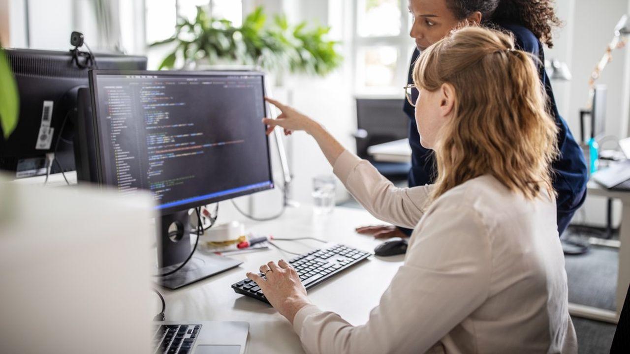 En 2018, parmi les 18% de salariés du secteur privé qui exercent à temps partiel, 78% sont des femmes et 91% travaillent dans des activités tertiaires.