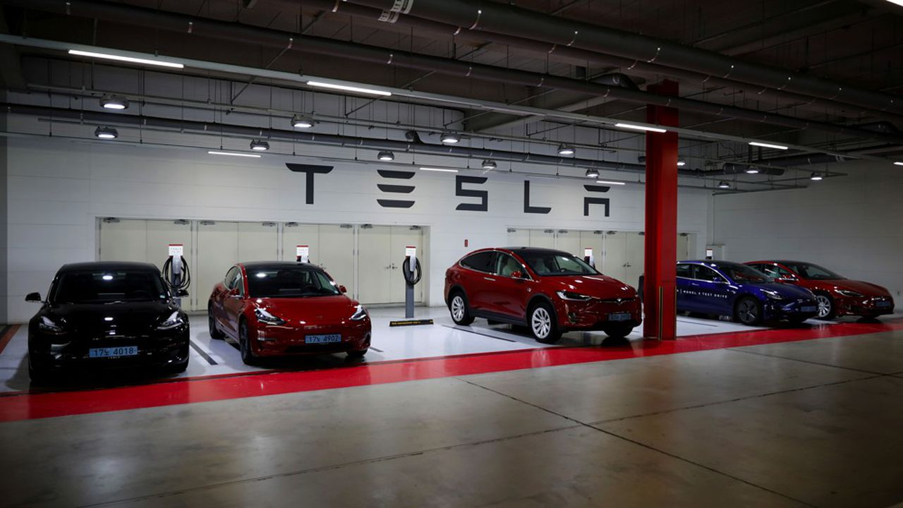Depuis le début de l'année, le cours de Tesla a été multiplié par 3