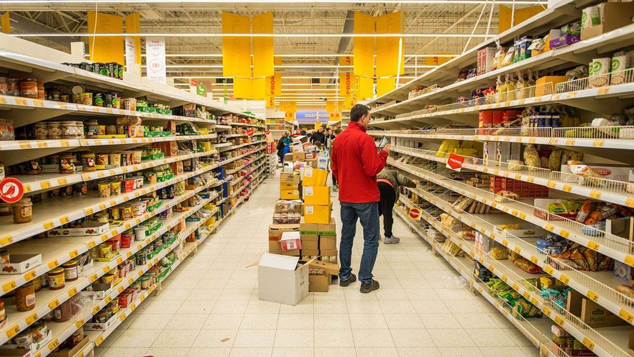 Au mois de mars, comme dans le reste de l'Europe, les rayons des supermarchés se sont peu à peu vidés en Pologne.