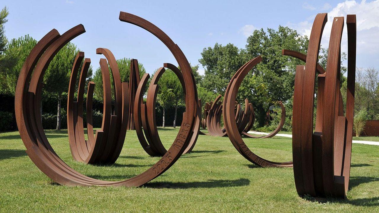 Sculptures de l'artiste dans le parc de sa fondation du Muy, sur la Côte d'Azur.