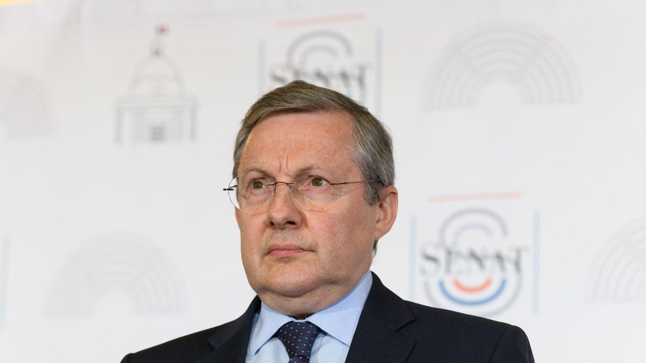 Le président (LR) de la commission des Lois du Sénat, Philippe Bas, a interpellé Jean Castex sur la question de la sécurité des maires dans une lettre qu'il lui a adressée après les agressions violentes subies par plusieurs élus.
