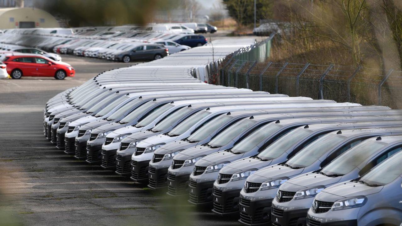 La chute des ventes mondiales de véhicules légers a atteint 25% sur les sept premiers mois de l'année.