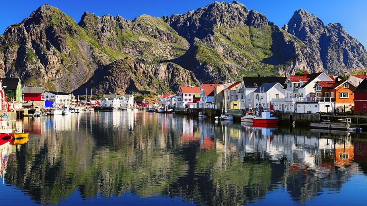 La Norvège (Iles Lofoten) dispose du plus grand fonds souverain au monde qui gère 990milliards d'euros, soit 182.000euros par habitant