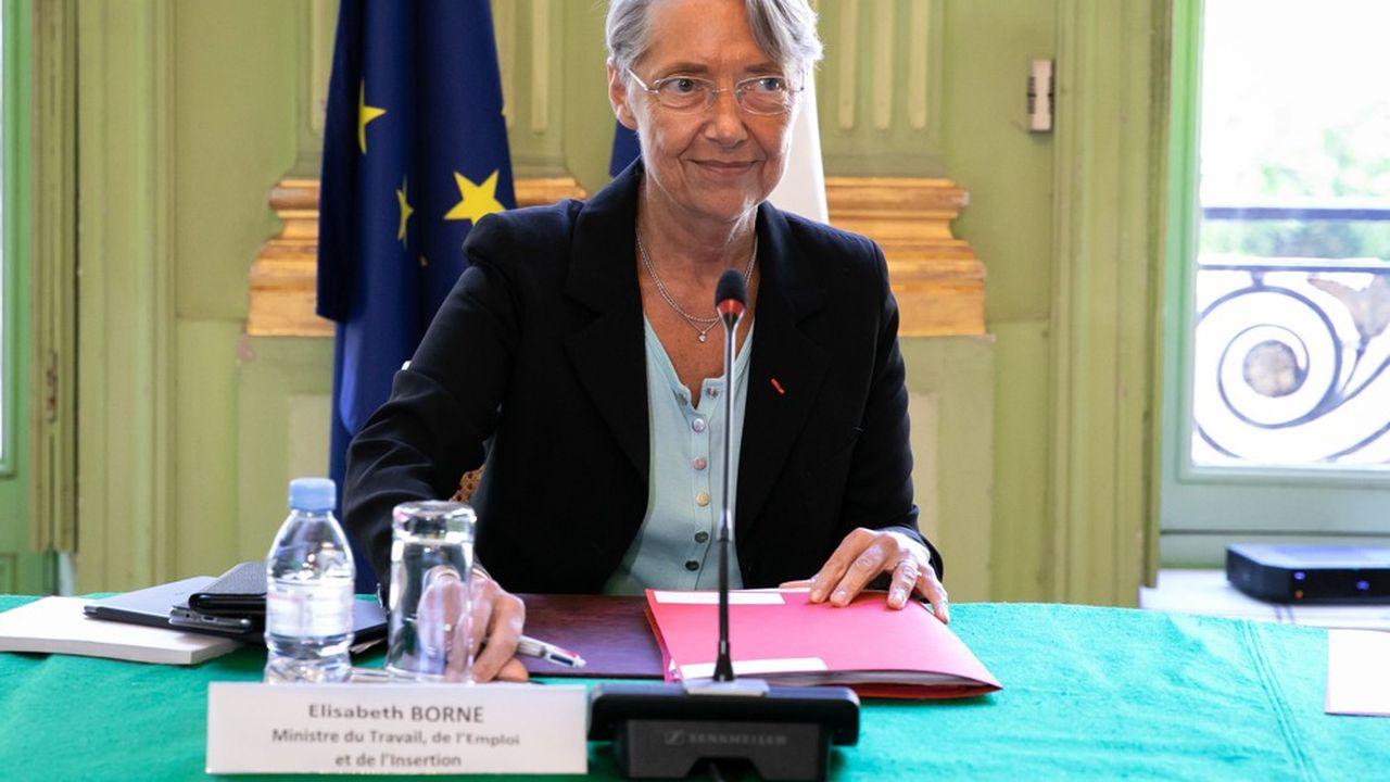 Elizabeth Borne, ministre du Travail, de l'Emploi et de l'Insertion.