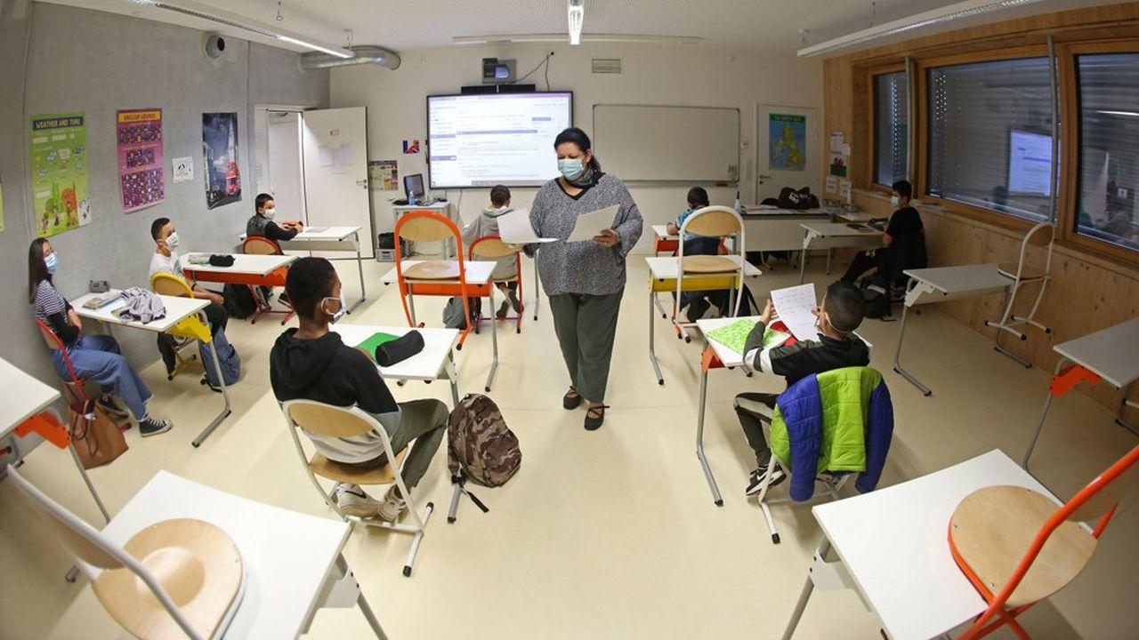 L'aide, qui permet d'amortir les dépenses liées à la rentrée scolaire des enfants de 6 à 18 ans, a cette année été exceptionnellement revalorisée de 100euros en raison de la crise sanitaire.