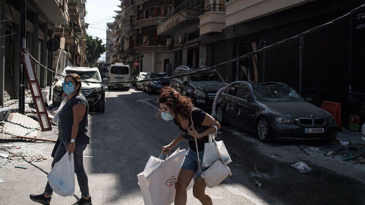 Un couvre-feu quotidien de 18 heures à 06 heures est également décrété au Liban.