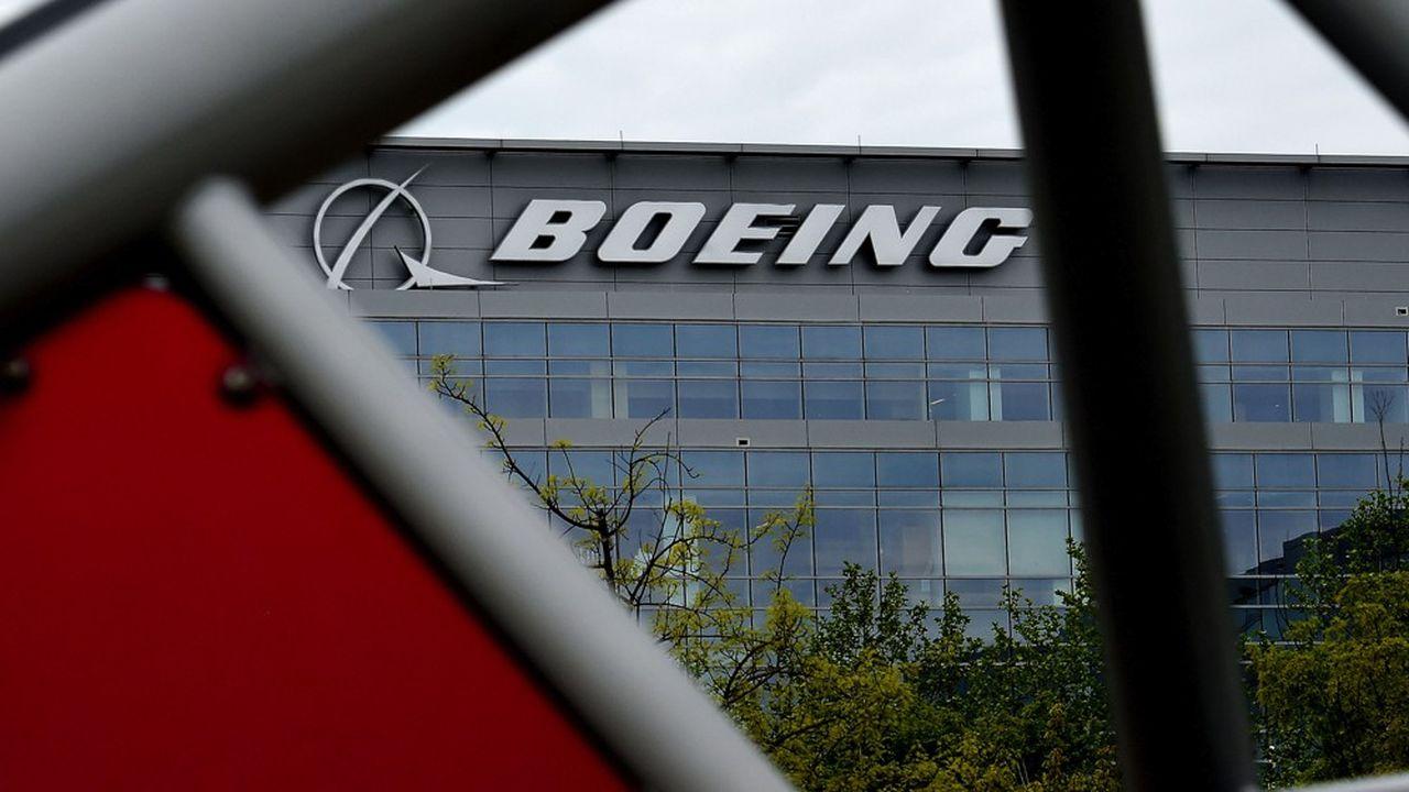 Le patron de Boeing, David Calhoun, a annoncé un nouveau plan de départs volontaires.