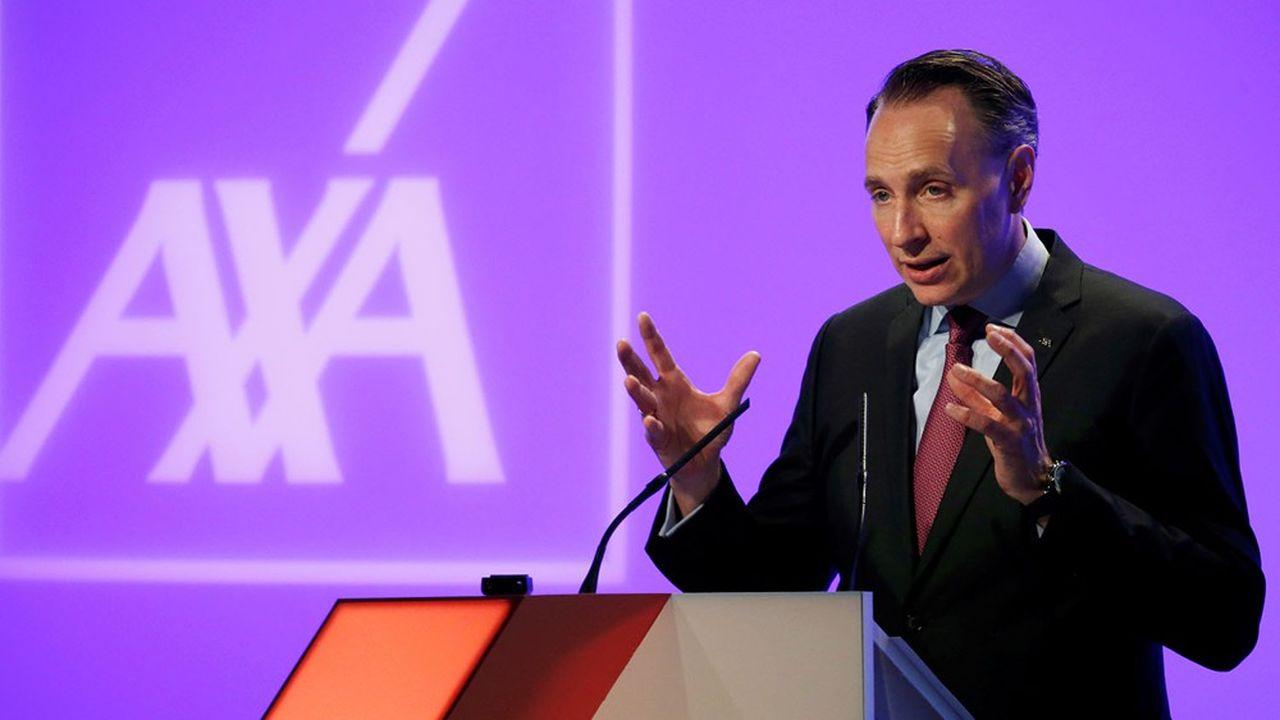 Thomas Buberl, le patron d'AXA, juge que les hausses de prix dans l'assurance d'entreprises auront un effet positif sur les comptes du groupe et sa filiale des grands risques.