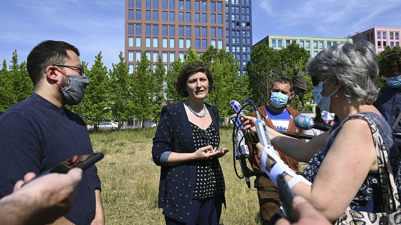 La nouvelle maire écologiste de Strasbourg, Jeanne Barseghian, a commencé à mettre en oeuvre plusieurs promesses de campagne.