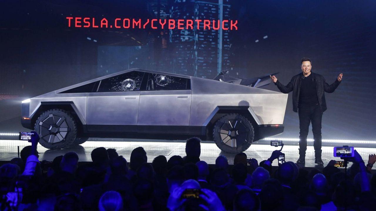 Elon Musk lors de la présentation du Cybertruck le 21 novembre 2019 en Californie.