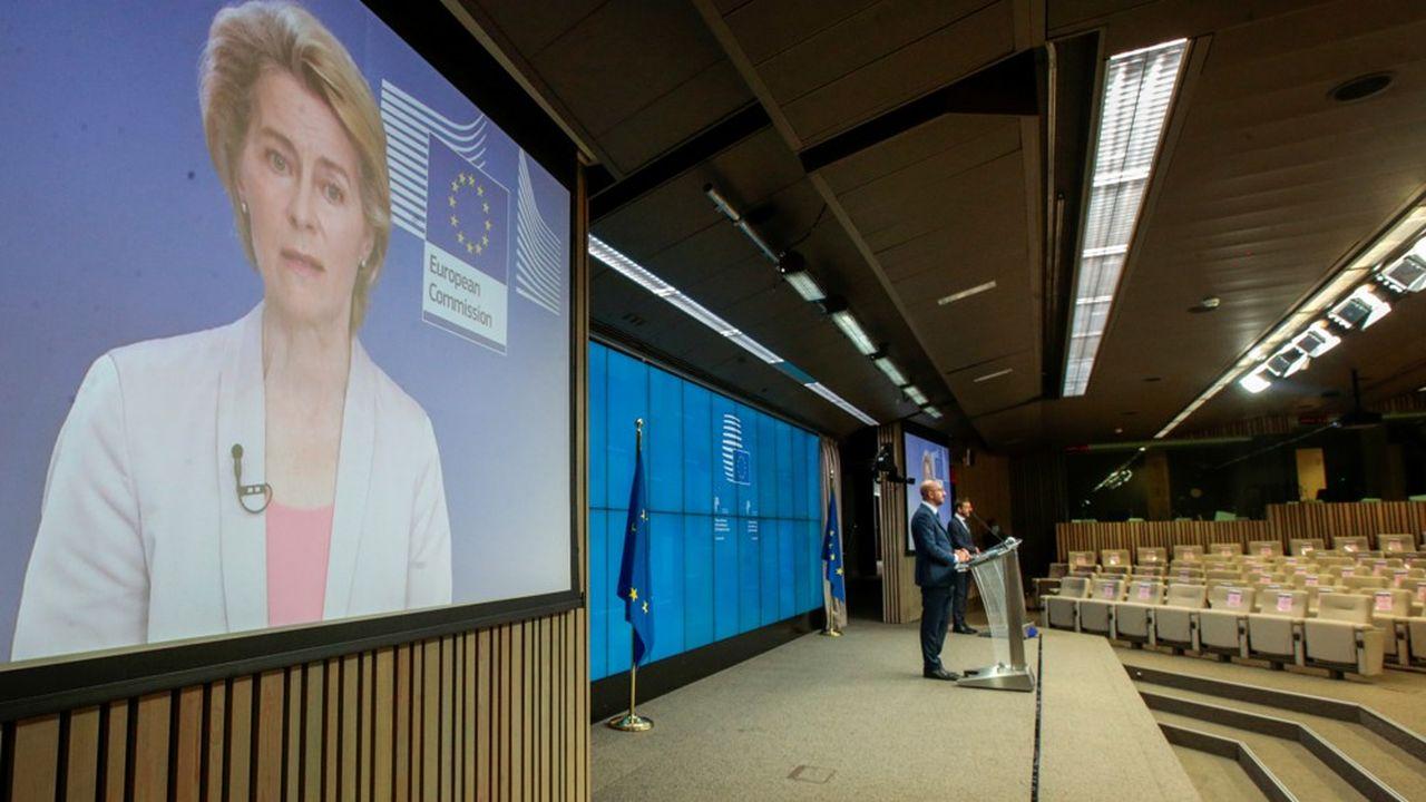 Les élections n'étaient «ni libres ni justes» ont affirmé tour à tour Charles Michel et Ursula Van der Leyen.