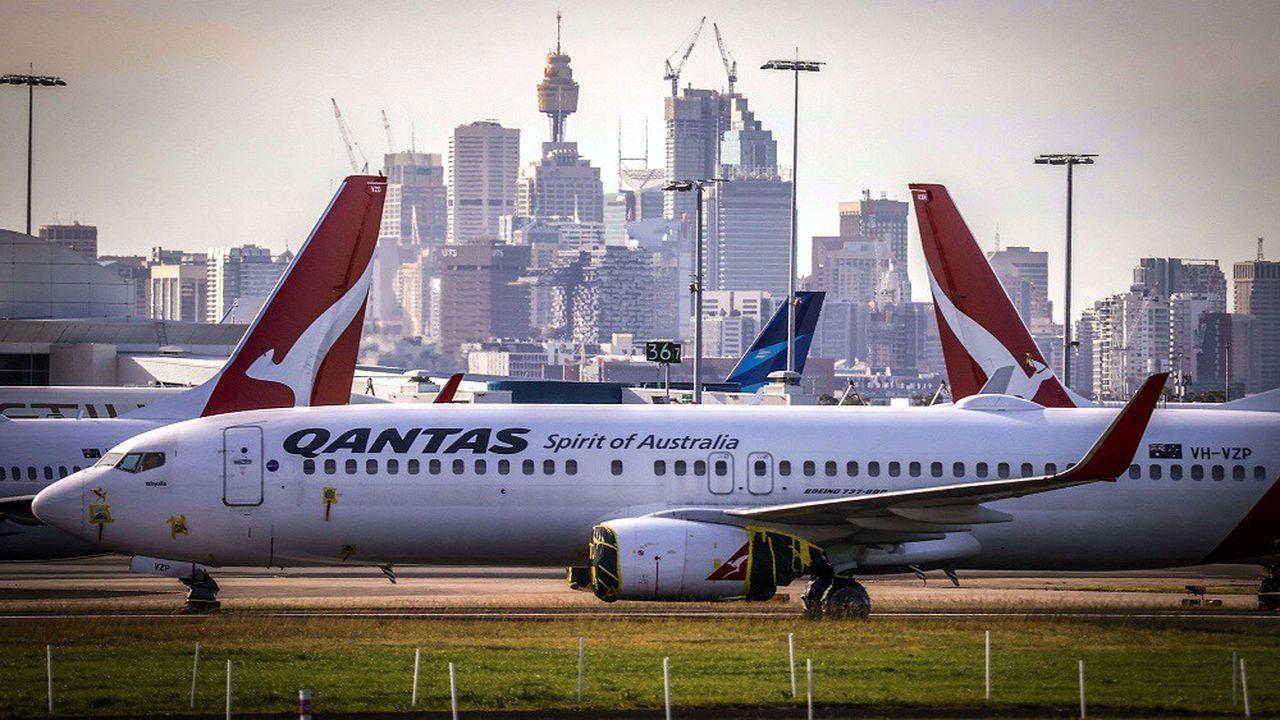 Qantas a d'ores et déjà décidé de clouer une centaine d'avions au sol, pendant une période pouvant aller jusqu'à un an.