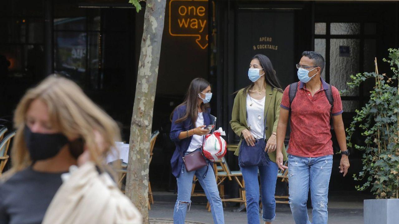 Le nombre de cas quotidiens approche les 5.000 en France.