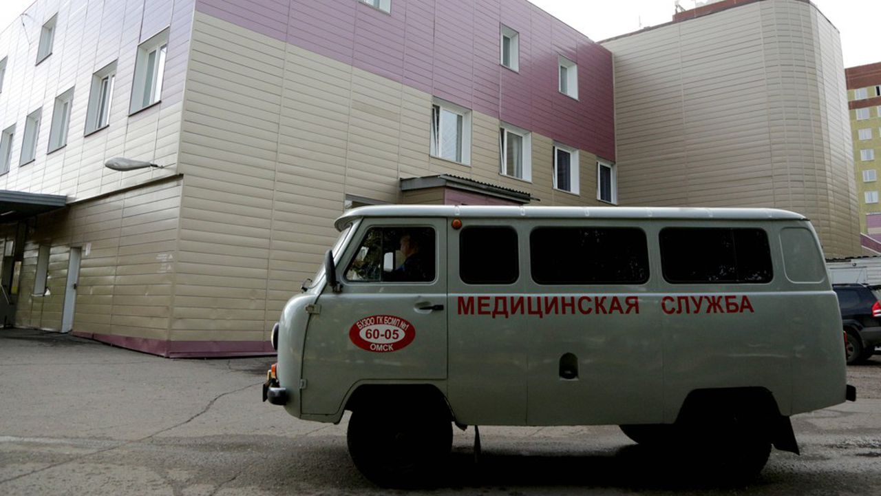 Le principal opposant russe, hospitalisé à Omsk depuis jeudi, serait dans un état «instable».