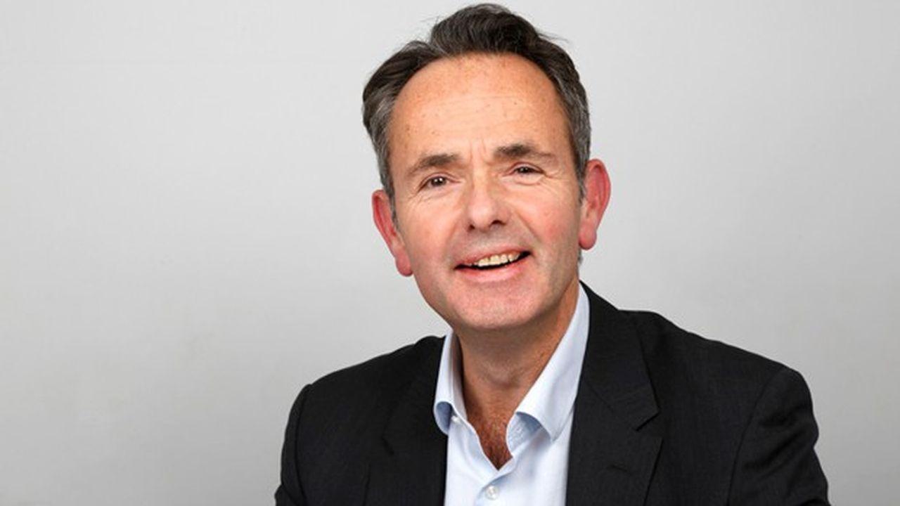 Le britannique Mike Cooper va prendre en main les destinées d'Arriva, filiale de transports publics britannique de la Deutsche Bahn, qui a renoncé à s'en séparer.