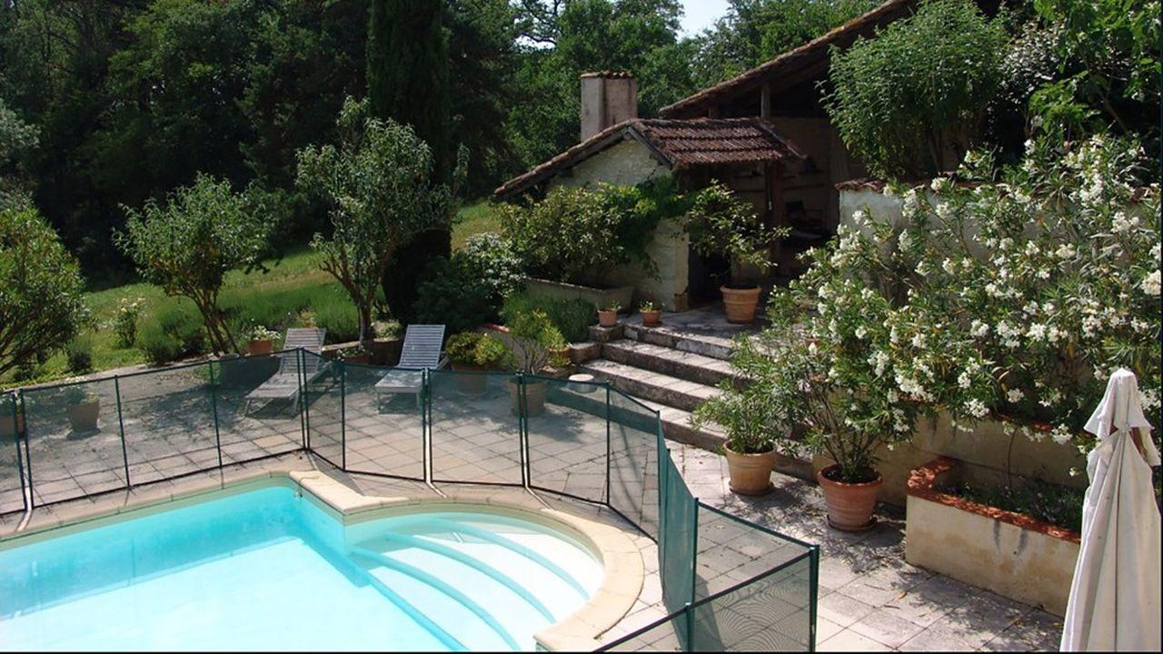Une maison avec piscine en Gascogne