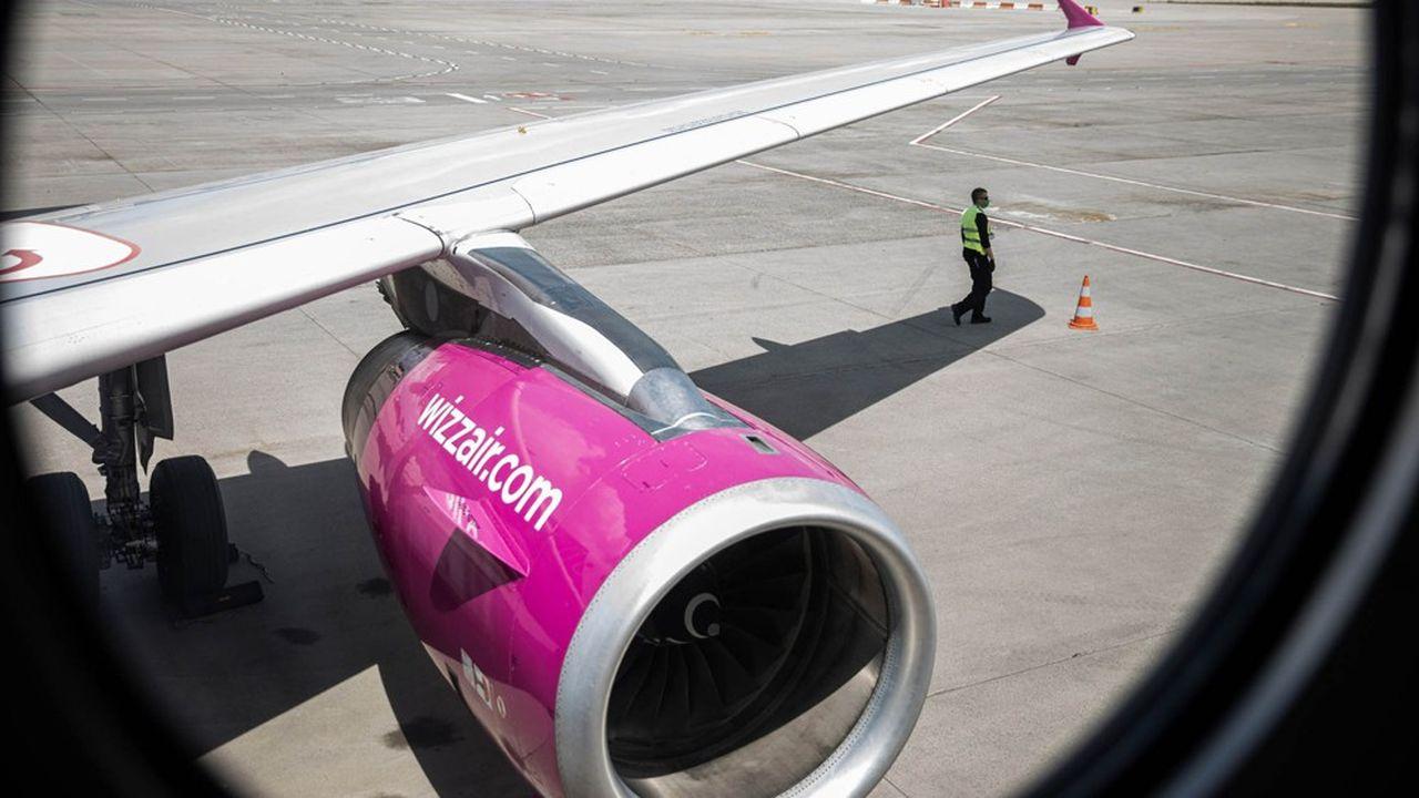 Les Airbus A320 à la livrée violette de Wizz Air ont rapidement repris le chemin des airs dès la fin des confinements.
