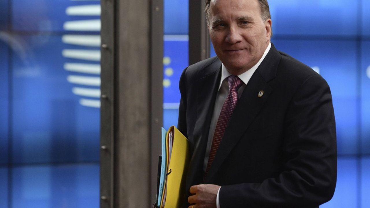 Le Premier ministre suédois Stefan Lofven tire les premières leçons de la pandémie en voulant améliorer les soins aux personnes âgées.