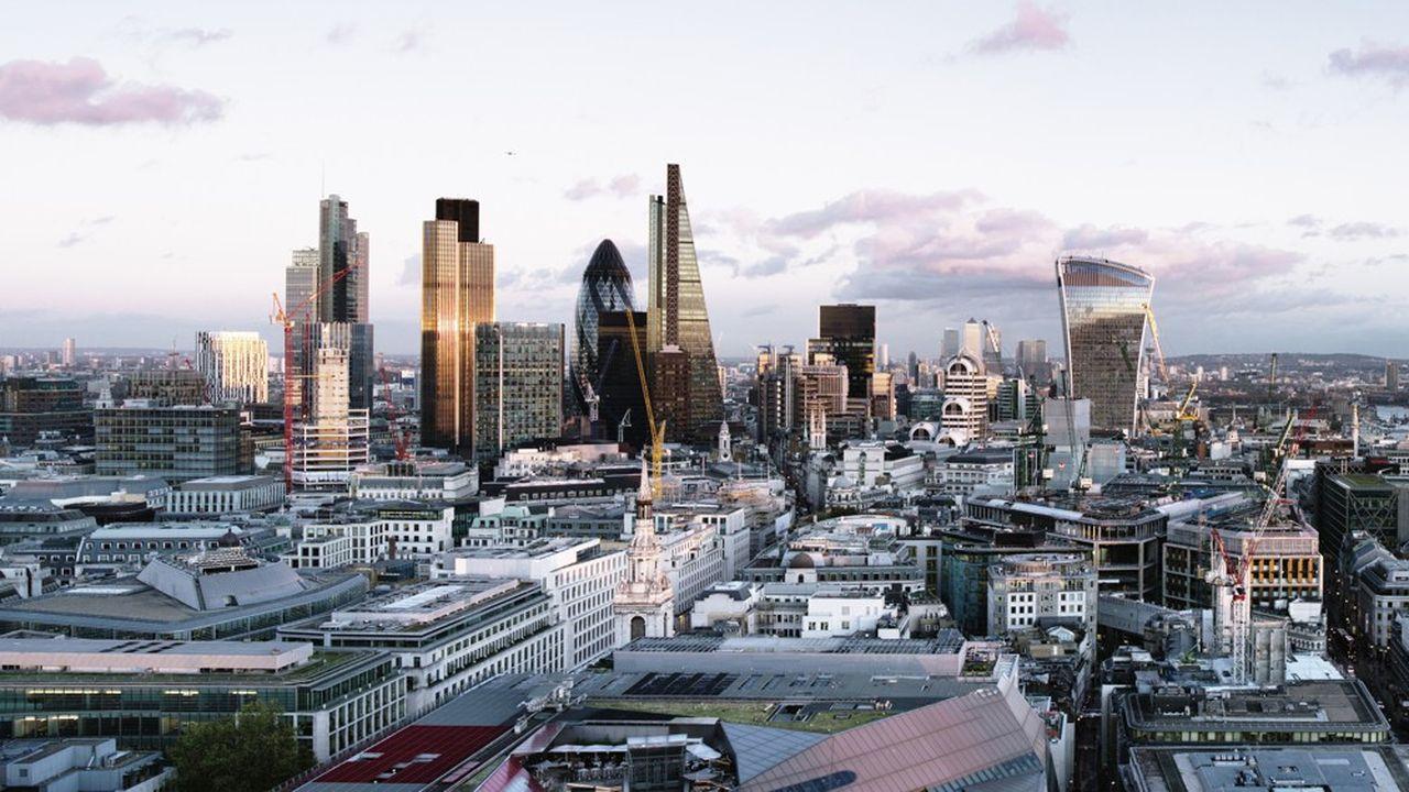 Le gouvernement britannique s'est abrité derrière les règles européennes pour refuser, dans un premier temps, l'accès des aides financières Covid-19 aux entreprises détenues par des fonds.