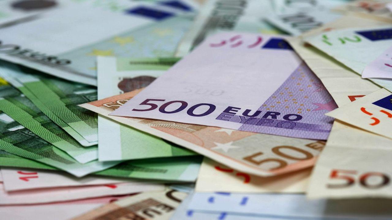 Le billet de 500euros avant son abandon a été accusé de favoriser le blanchiment d'argent sale, notamment en Allemagne.
