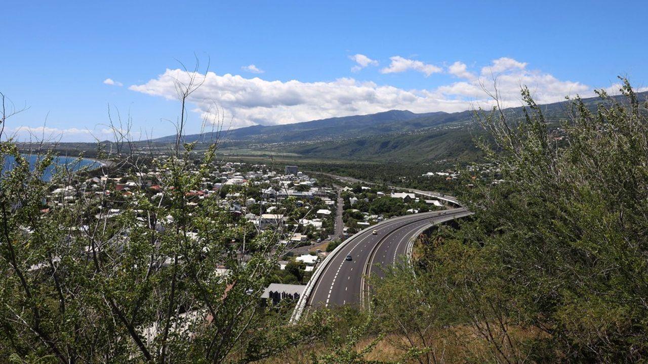 A la Réunion, entre le 11août et lundi, 534 cas ont été recensés, sur un total de 1.244 cas depuis le début de l'épidémie.