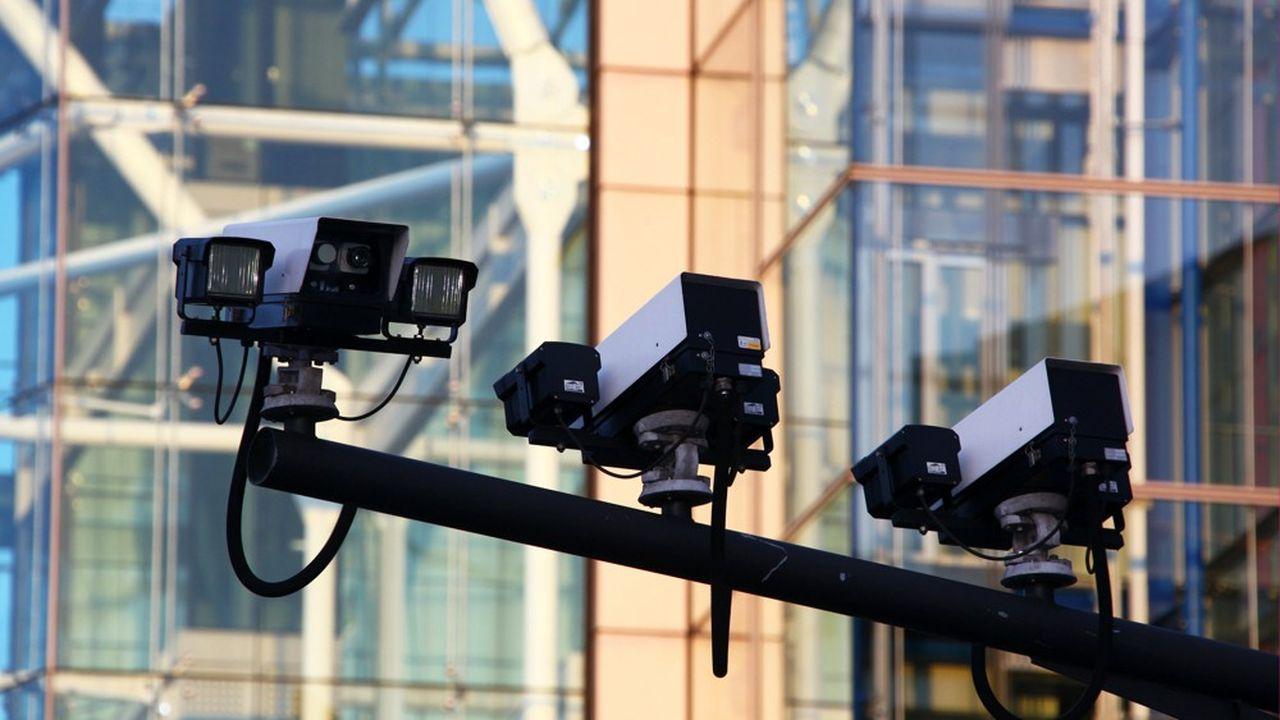 En 2017, la CNIL mettait déjà en garde contre des systèmes de caméras qui «remettent en cause la possibilité offerte aux citoyens, sauf justification particulière, de circuler dans l'espace public de manière anonyme».