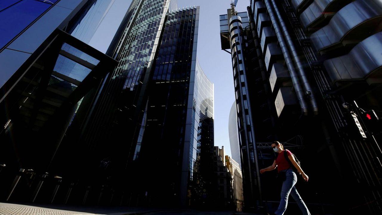Pour l'ex-ministre Steve Baker, les actionnaires devraient se demander pourquoi les entreprises de la City, qui ont lourdement investi dans des bureaux mirifiques, encouragent désormais leurs employés à travailler depuis leur chambre d'ami.