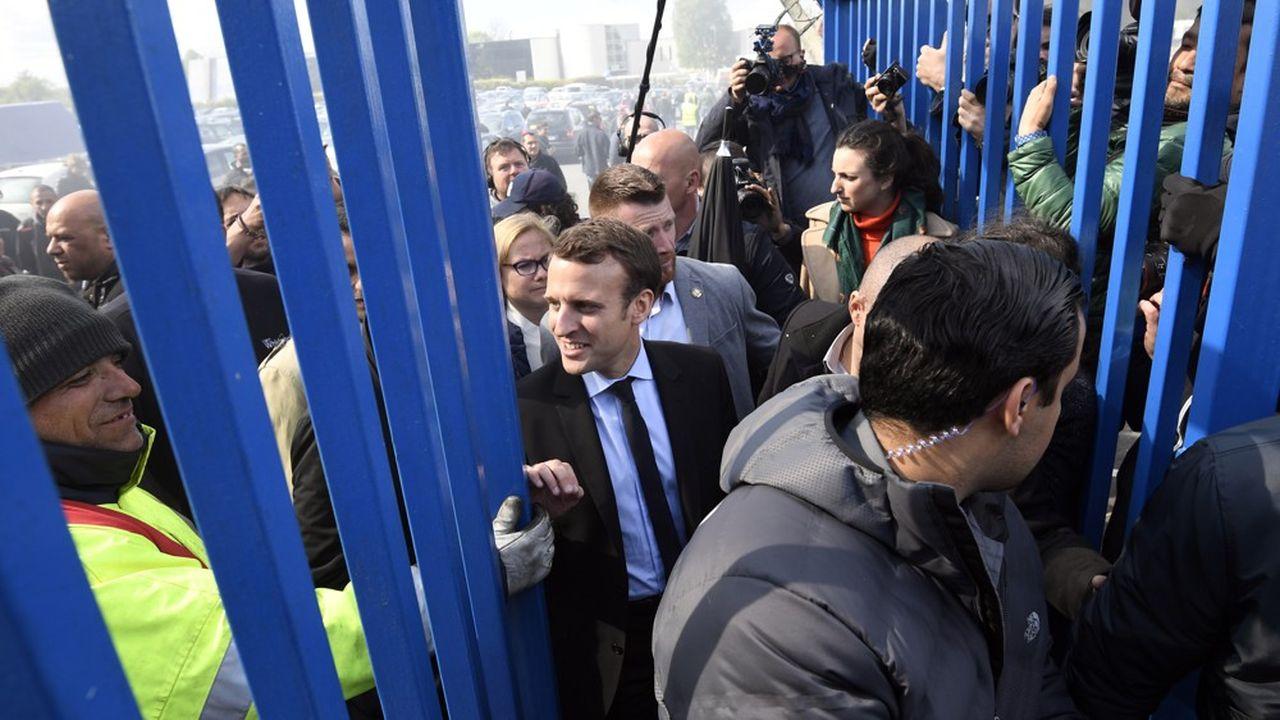 Emmanuel Macron s'était rendu à l'usine Whirlpool d'Amiens, le 26avril 2017, quelques jours avant le second tour de l'élection présidentielle.