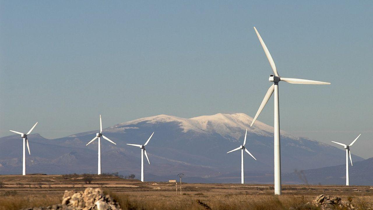 Parc éolien opéré par Shell en Espagne. Le virage vert permet aux pétroliers européens de renforcer leur trajectoire de réduction des émissions de CO2.