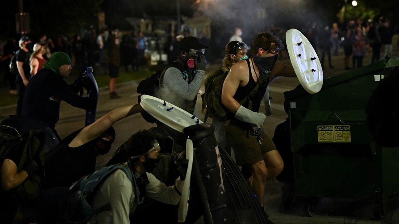 La ville de Kenosha, dans le Wisconsin, s'est enflammée après de nouvelles violences policières.