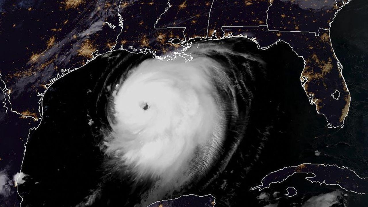 L'ouragan pourrait affecter plus de 40% des capacités de raffinage des Etats-Unis, et plus de la moitié de l'industrie chimique américaine basée sur le vapocraquage des hydrocarbures.