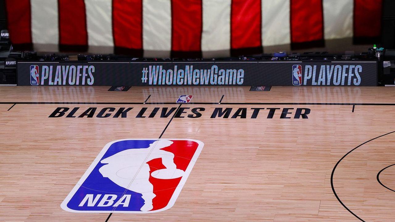L'initiative est venue des Milwaukee Bucks, équipe de basket de NBA du Wisconsin, l'Etat où a eu lieu la dernière bavure policière.