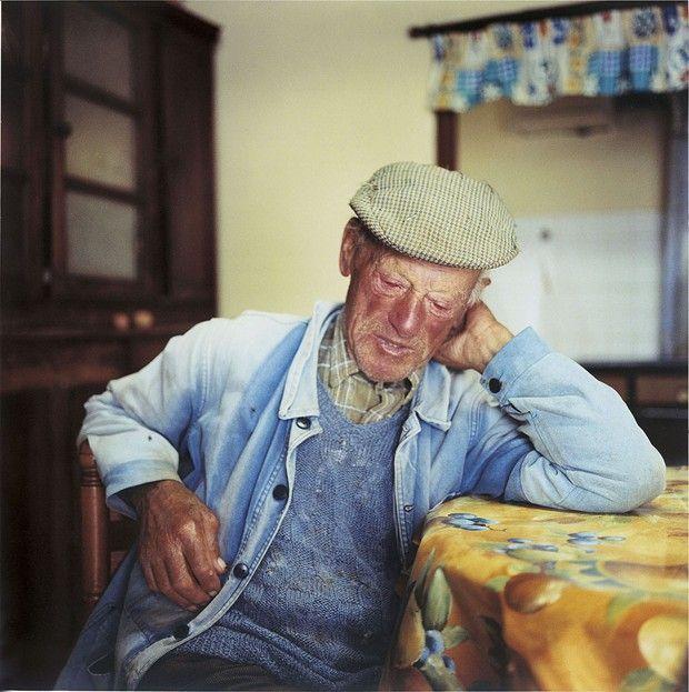 Autre vêtement de travail, le fameux «bleu», ici en moleskine du fabricant Lafont, ou porté par Marcel Privat, en 2007, dans le documentaire de Raymond Depardon Profils paysans.